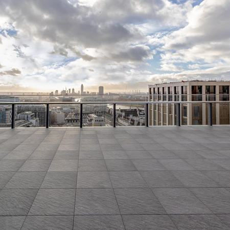 Porcelain paving for the stylish Southbank Place