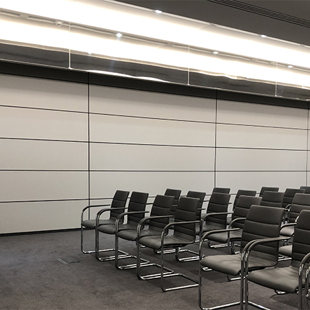 Skyfold ensures meeting privacy at Schroders' modern HQ