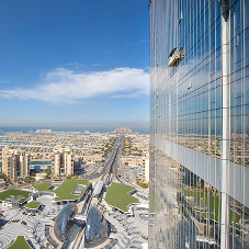 Pilkington Suncool™ glass gives the coolest views in Dubai