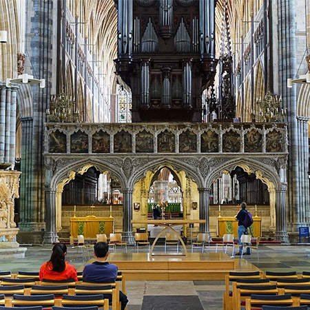 Bespoke solid oak staging for beautiful Exeter Cathedral