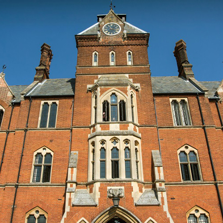 Stunning bespoke steel windows for Framlingham College