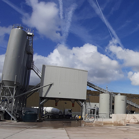 Aggregate open second ready mix concrete plant in Manchester