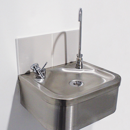 Stainless steel sanitaryware for Serlby Park Academy