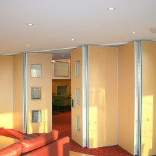 Bar, or private viewing area? The choice is yours with Beehive's partitions