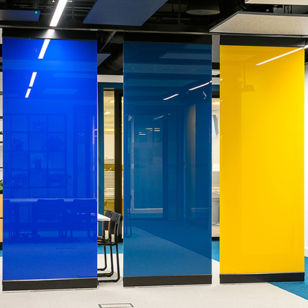 Writable dividing walls for Global Bank's UK offices