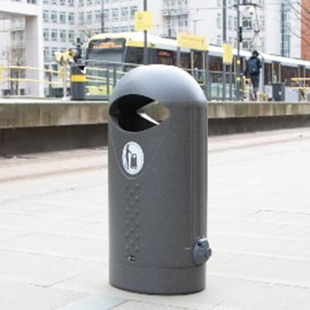 Curve appeal for waste management with the Elipsa™ Litter Bin