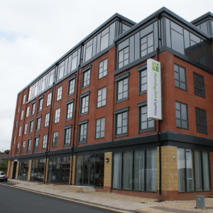 Kestrel work in partnership to deliver glazing solution for Holiday Inn