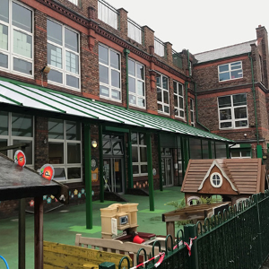 St Annes Primary School discovers all the benefits of a Twinfix canopy