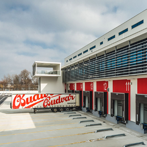 EFAFLEX UK provides complete high speed door solution for Budweiser
