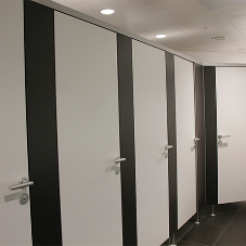 Kemmlit PRIMO cubicles installed inside Cruciform Building at UCL