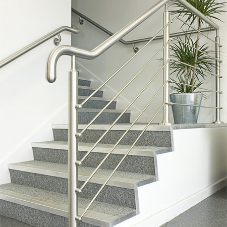 5 important factors to consider when specifying balustrades in schools