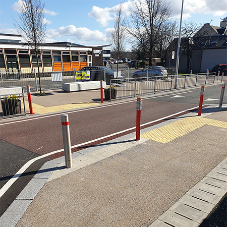 Ulticolour enhances pedestrian safety outside a primary school in Alva