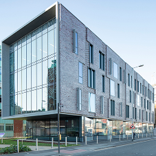 GEODE MX 52 Curtain Wall encloses New Science Annex at University of Manchester