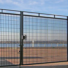 Fencing: Grating Fences