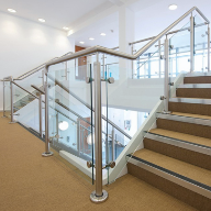 Handrails and balustrades: Onyx®