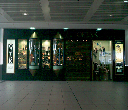 Ortak Shopfront,The Buchanan Galleries