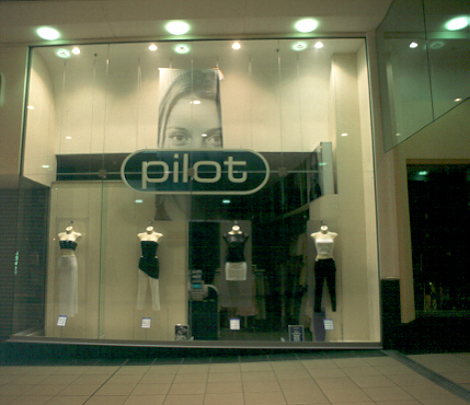 Pilot shopfront at The Buchanan Galleries