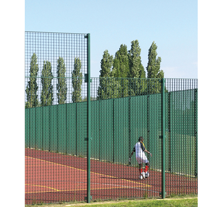 Pleione® 3 and 4m high, durable MUGA fencing system