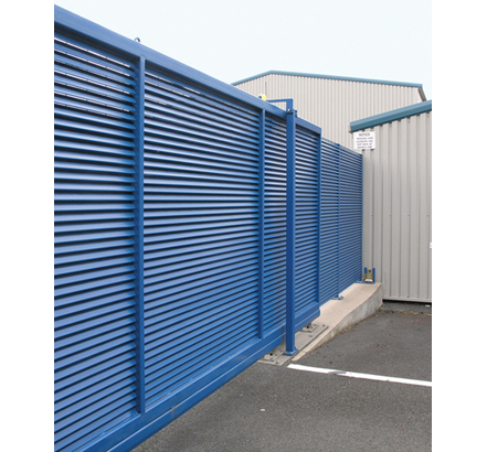 Talia Screen® steel louvred gate for 100% screening