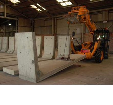 Poundfield Products - POUNDFIELD PRODUCTS DEVELOPS A 4.5M PRE-STRESSED INTERLOCKING L-BLOC FOR THE PORT OF IPSWICH