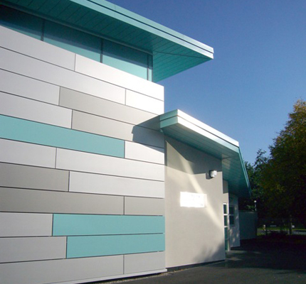 Hunter Douglas Sun Control and Facades - Liverpool NMR Centre, University of Liverpool