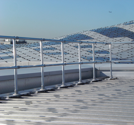 Kee Lite<sup>®</sup> standing seam guardrails