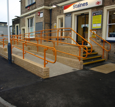 Staines railway station, Surrey