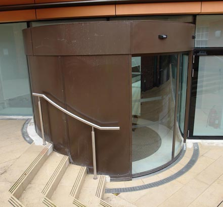 The ACO drainage system prevents standing water in the entrance to Wolverhampton Art Gallery