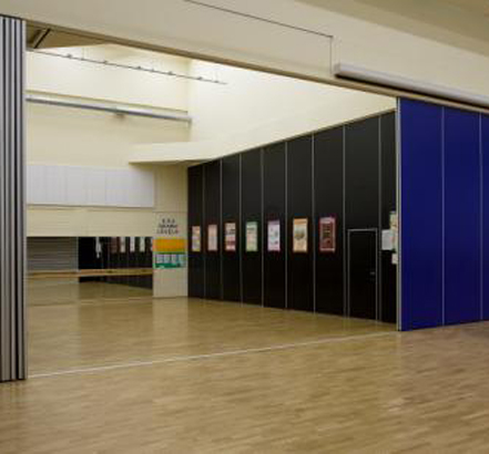 Installation of NW100 acoustic movable walls for the Nottinghamshire PFI Scheme