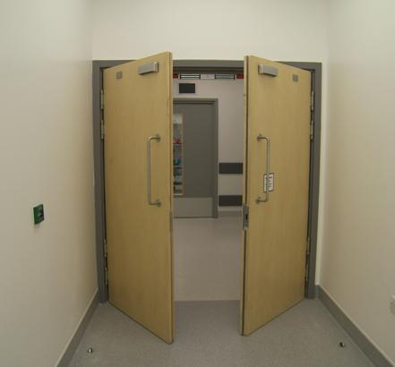 St james 39 hospital leeds for Room 4 design leeds
