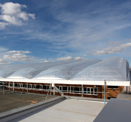 Novum proposed a roof made of two-layer ETFE air filled pillows