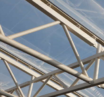 Aluminium profiles with an anodized finish hold two-layer ETFE pillows in place