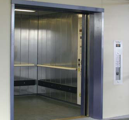 56-person hydraulic goods/passenger lift, installed for Network Rail in Bristol