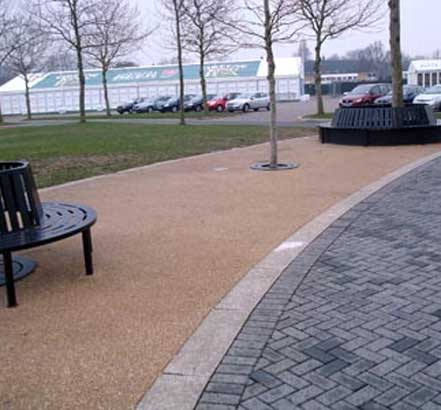 Ronadeck Resin-Bound Surfacing creates slip-resistant pavements