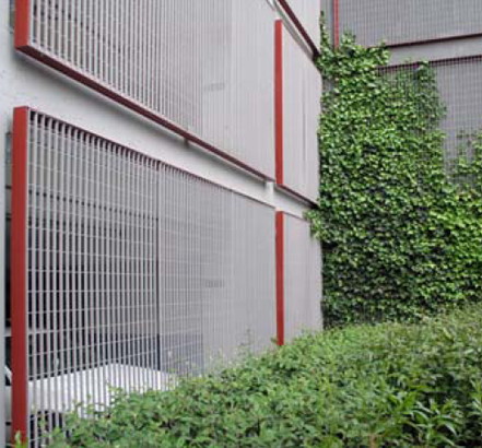 Steel grating panels and frames for Manchester University were hot-dip galvanized and polyester powder coated