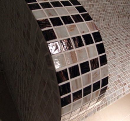 Helo steam rooms are constructed with the highest quality materials and finishes