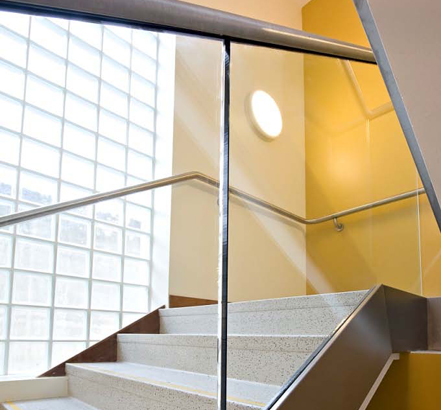Glass Age™ balustrading allows light to permeate the rest of the building