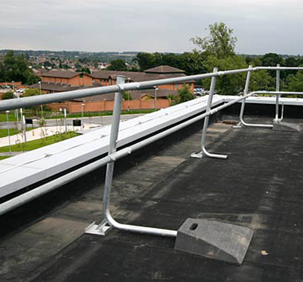 Roofco provided its Rhinorail freestanding guardrail system