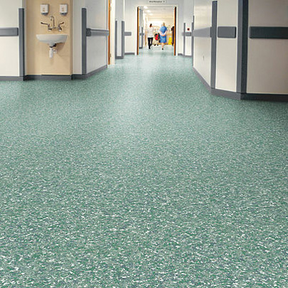 Heavy-duty vinyl safety floorings