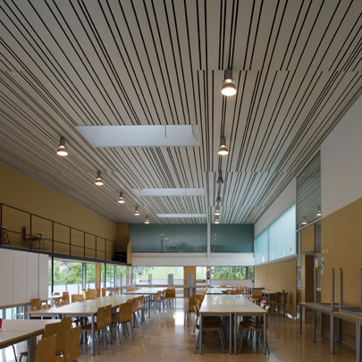 Hunter Douglas multi-panel ceiling system for the School of Architecture in Valencia Spain