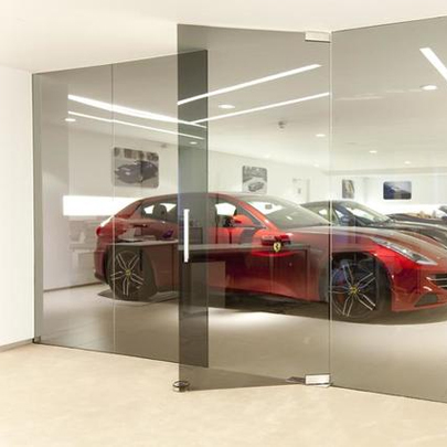 Dorma Agile 150 Sliding Door System Specified For Ferrari Showroom