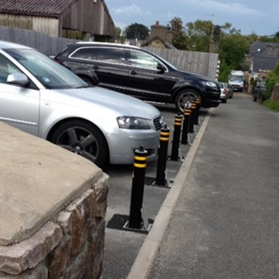 ATG Access 101/670 manually retractable bollards Residential Parking Protection