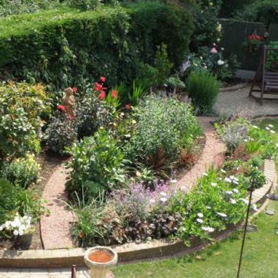 Everedge used in garden redesign for Garden redesign