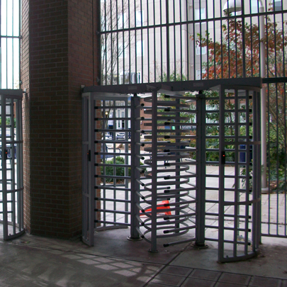 Turnlock Turnstile