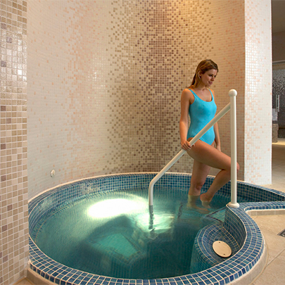 Hydrotherapy & Spa/Plunge Pools