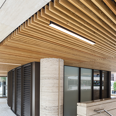 Radialised grill ceiling for broadgate circle scheme - Wood slat ceiling system ...