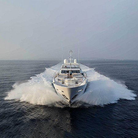 Sunseeker luxury cruisers and yachts