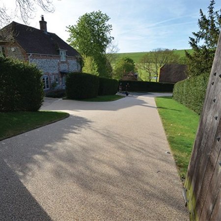 Resin bound driveway for Oxfordshire Estate