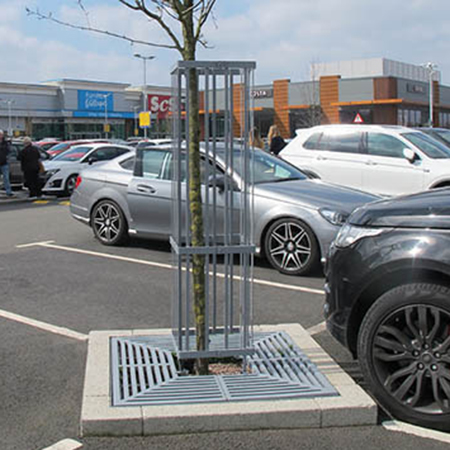 Focus on greenery at Gallagher Retail Park