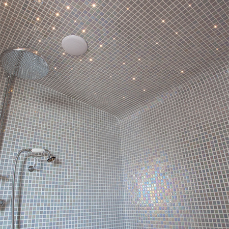 Helo steam room at traditional country home